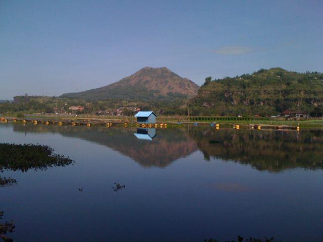 tranquility at Lake Batur