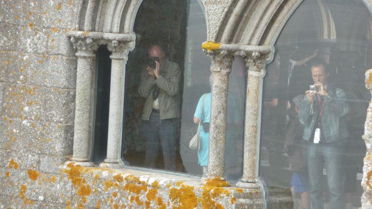 Más turistas, y las omnipresentes cámaras. (¿Irían ahora con smartphones?)