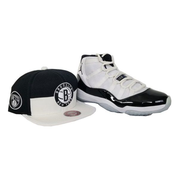 6cdc3cfb0f3 Matching Mitchell   Ness Brooklyn Nets Snapback for Jordan 11 White Black  Concord