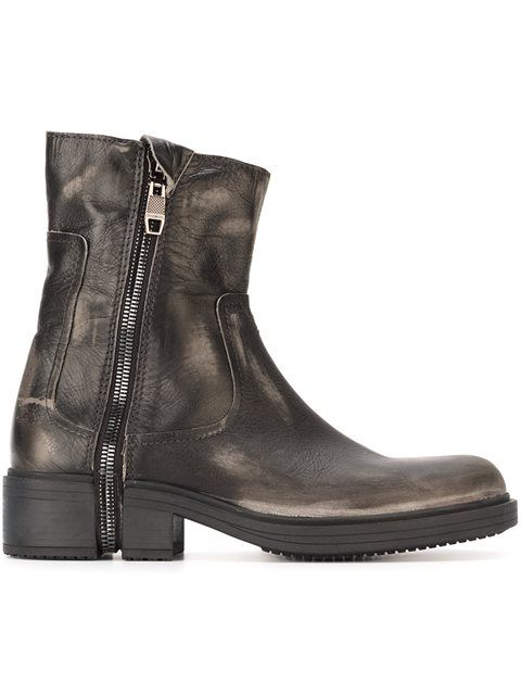 DIESEL 'D-Rr' Zipped Ankle Boots. #diesel #shoes #boots