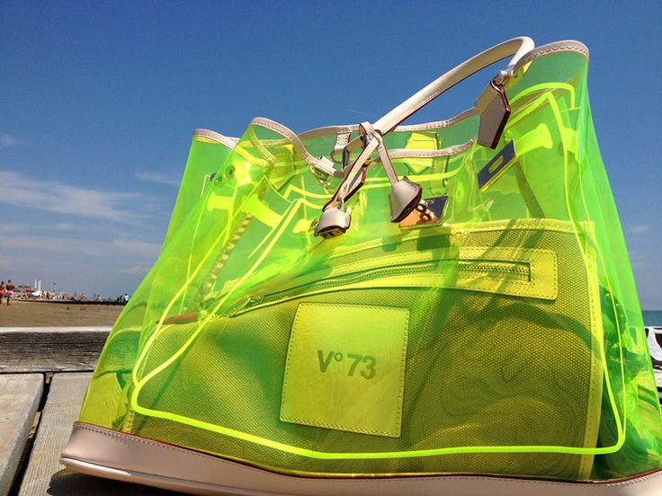 V73 PVC Fluo Yellow in Jesolo! http://www.v73.us/new-holiday/pvc/224-fluo-yellow #v73 #bag #pvc #fluo #yellow