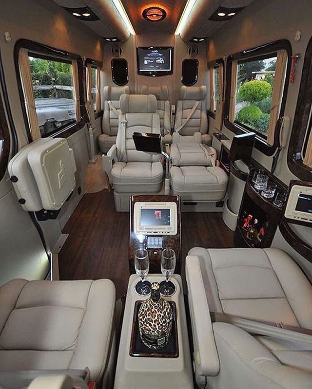 Inside Travel Trailers: Mercedes Sprinter Van Interior Tag Someone Who Would Love