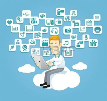 tecnología: Hombre de negocios usando una tableta sentado en una nube con los medios sociales de comunicación, iconos