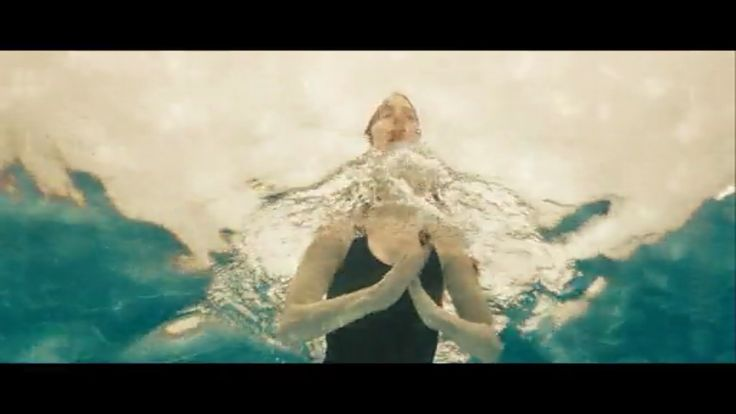 Anne hathaway in the film one day swim underwater - How do i keep ducks out of my swimming pool ...