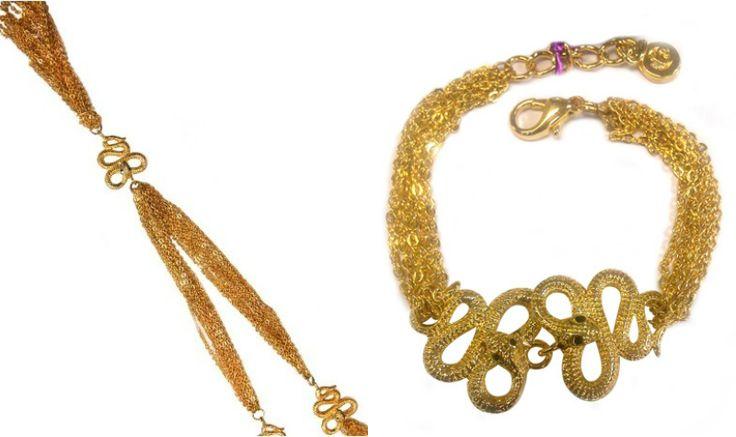 Gioielli Halloween 2016  Potete poi scegliere una collana o un bracciale d'oro con un pendente a forma di serpente. Dopotutto il serpente è uno dei simboli di Halloween, insieme al ragno, al teschio o al cappello da strega.