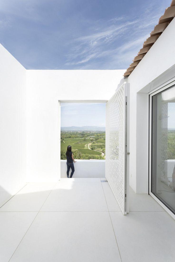 Project: ARTELABO Location: Gignac, France Year: 2016 Images: © Marie-Caroline Lucart