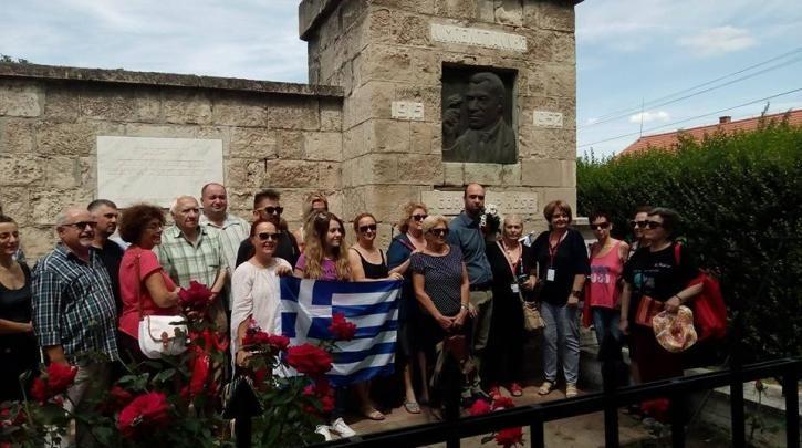 Εκπρόσωποι του ΣΥΡΙΖΑ στο ουγγρικό χωριό «Μπελογιάννης» (φωτορεπορτάζ) :: left.gr