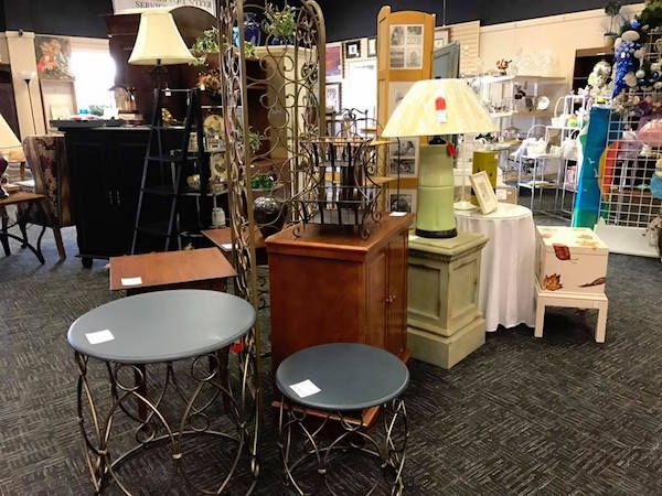 125 Triangle thrift shops, consignment shops, antique & vintage shops, used bookstores - Triangle on the Cheap