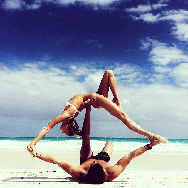 Inspiring partner yoga photos from Instagram.