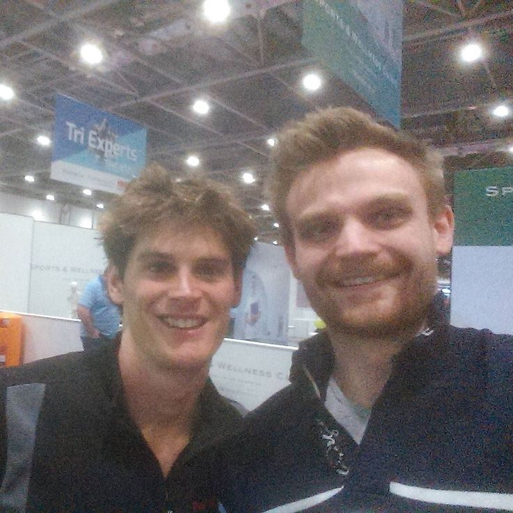 I was extremely fortunate to meet Harry Wiltshire at the London Triathlon show on Saturday. An absolute gentleman wishing him the best of luck for IM Texas and a Kona slot! Go GB!!! #tri#triathete#Triathlon#eatclean#Fit #food#foodie#fitness#Exercise#excited#race#ironmantraining#ironman#nutrition#swimming#swimbikerun#Fitness#Rule5 #run#running#bike#cycling#motivation#motivational#lowcarb#lowGI by mccubbin_j