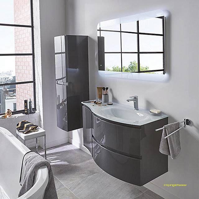 la salle de bain moderne en 130 photos