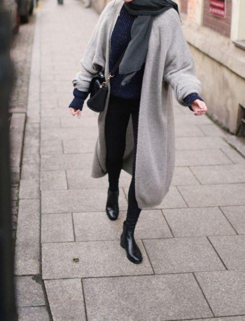 Wie trägt man eine Strickjacke Outfit Ideen
