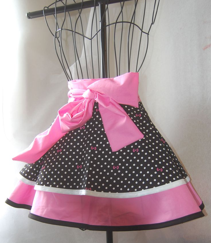 Retro Inspired Half Apron with Pink Bows