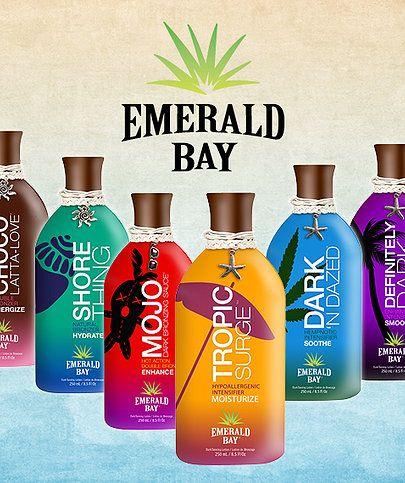 Toda la línea de bronceadores Emerald Bay contiene extractos de frutas y hierbas que suministran la piel con vitaminas y minerales. Muchas de estas vitaminas y minerales actúan como antioxidantes que pueden ralentizar el proceso de envejecimiento y prevenir las líneas de expresión y arrugas de desarrollo.