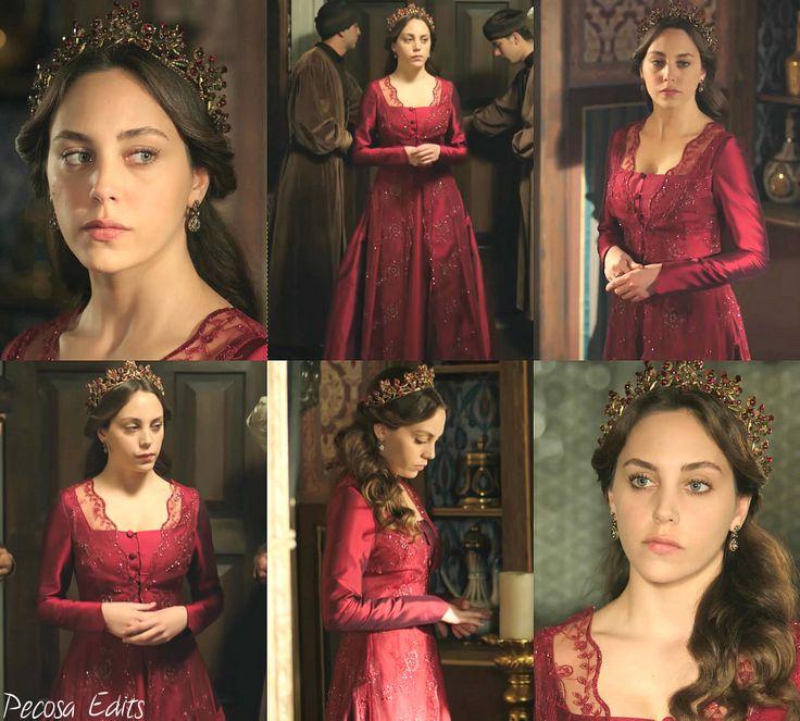 muhtesem yuzyil kosem, magnificent century kosem, dilruba sultan, hot pink dress