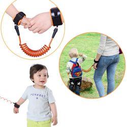Bebéuno Spiral Kablolu Güvenlik Bilekliği  Renk: Turuncu Uzunluk: 35 cm (Spiral kablo uzayınca 1,5 metreye ulaşır) Ürün içeriği: 1 Adet Bebéuno Kablolu Güvenlik Bilekliği, çocuğunuz sizden uzaklaşmasını engellemek amacıyla üretilmiş yardımcı bir güvenlik ürünüdür.