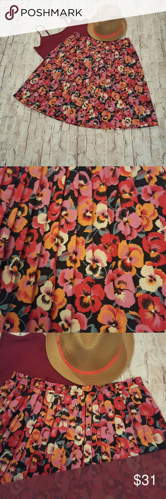 Vintage 90's Floral Pleated Skirt EUC Party Like It's 1999 in This Floral Pleated Skirt! Light and Breezy...  Perfect for All the Up and Coming Festivals... EUC Skirts