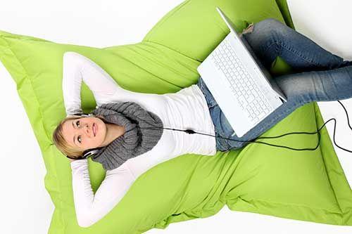 Nähanleitung: Wie man einen Sitzsack näht http://www.meinnähkästchen.com/1480/sitzsack-naehen-schnittmuster/