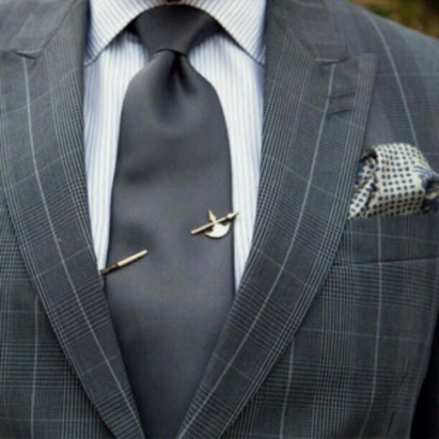 hicock axe tie pin...well, D would like this one...