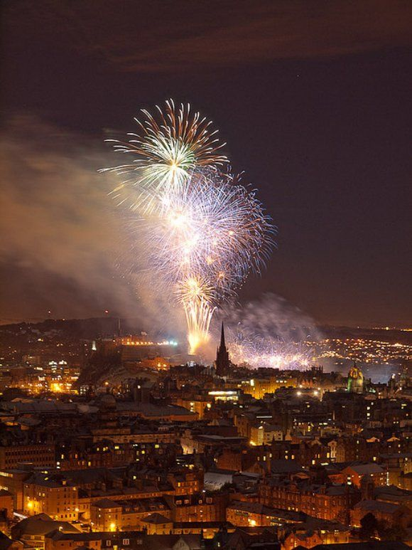 Midnight Fireworks Edinburgh Hogmanay 2010.  #glasgow2014 #glasgow #scotland www.glasgow2014.com