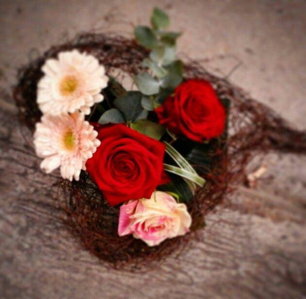 Heart shape bouquet holder