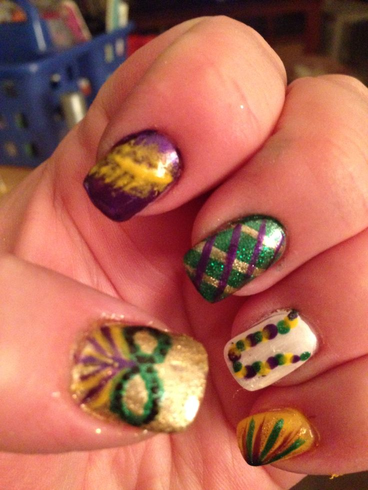 Mardi Gras nails - 18 Best Mardi Gras - Nails Images On Pinterest Make Up, Nail
