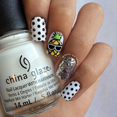 Pineapple nail art with dots and sparks
