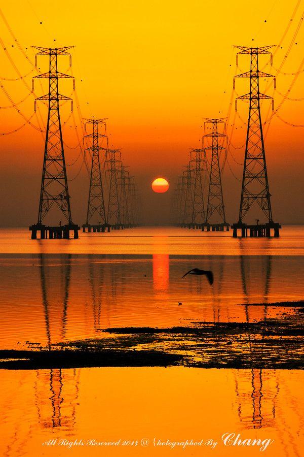 Orange | Arancio | Oranje | オレンジ | Colour | Texture | Style | Form | sunrise by KIM chang-hwan on 500px