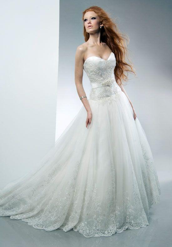 Elegant Ariel wedding dress by Alfred Sung