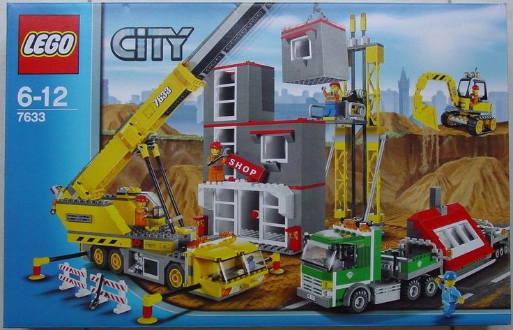 Lego 7633 Town City Construction Site- Crane Excavator Truck  New Sealed RETIRED