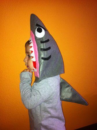 disfraz casero de tiburón