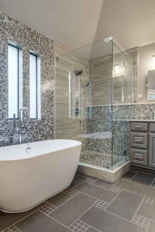 54 Amazing Small Bathroom Remodel Ideas 43 Bathroom 54 Amazing Small Bathroom Remodel Ideas 43 In 2020 Small Master Bathroom Bathrooms Remodel Bathtub Remodel