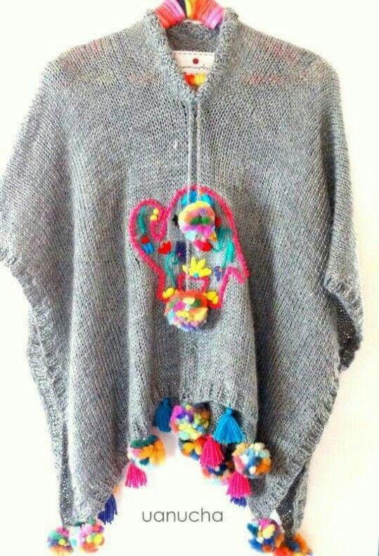 poncho tejido con aplique en bordado mexicano, pompones y borlas [UANUCHA]