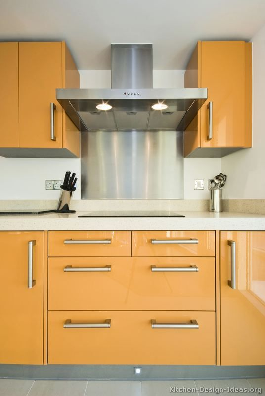 Kitchen Idea Of The Day A Gallery Of Modern Orange Kitchens Orange Kitchens Pinterest