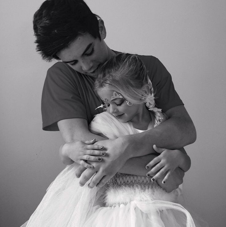 If hayes is such an amazing brother than he'll be an amazing boyfriend/husband