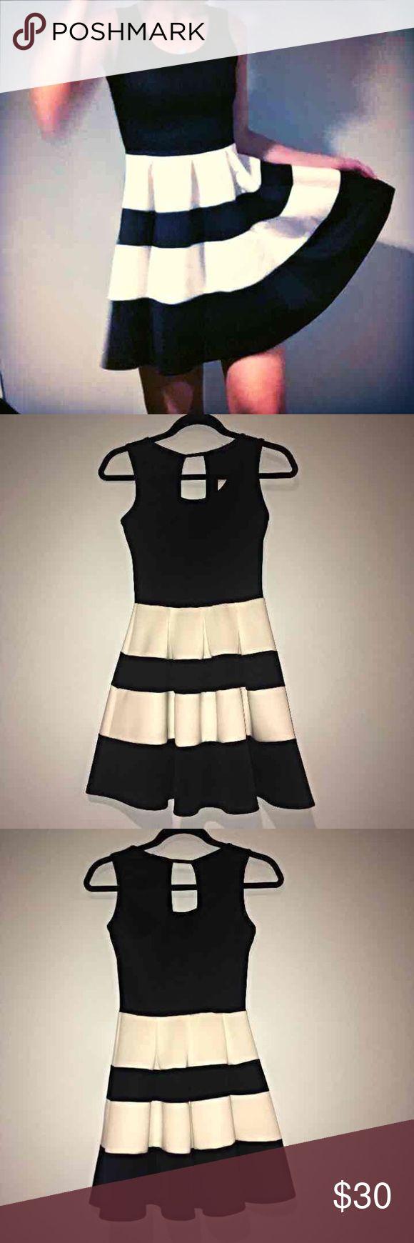 Black and white skater dress Black and white dress by the Vintage Shop.  #skater #style #dress #black and #white #trendy #hipster #vintage vintage shop Dresses