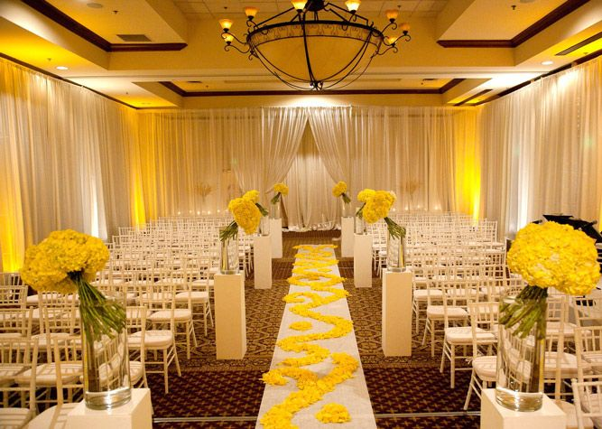 Yellow And White Modern Wedding Ceremony Decor #yellow #wedding #aisle # Decor #