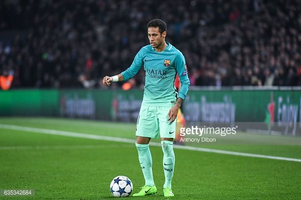 Fotografía de noticias : Neymar of Barcelona during the Champions league...