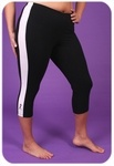 Street style plus size capris are sharp. Color block design adds visual interest to your plus size workout clothing. The cotton/lycra fabric makes these the perfect work out pants for both indoor and