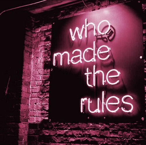 25 + › Regeln sind gemacht um gebrochen zu werden. Geh und hab Spaß. Sprich mit Leuten, mache Erinnerungen. Ob…