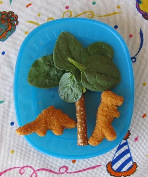 Cute dinosaur lunch party ideas