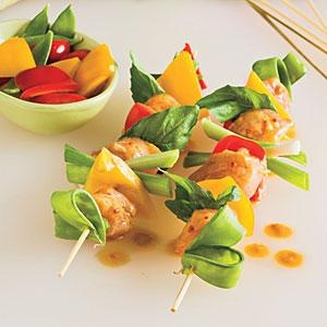Spicy Thai Chicken Kabobs: Fun Recipes, Chicken Recipes, Chicken Kabob Recipes, Spicy Thai, Thai Chicken, Kabobs Recipe, Peanut Sauce, Chicken Kabobs
