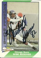 Autographed Wendell Davis 1991 Pacific Football Card Card(Bears)