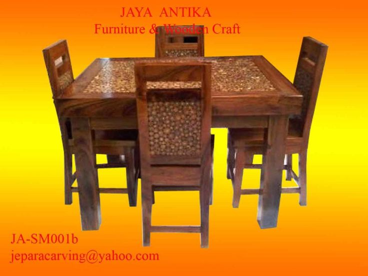 Kode Barang : JA-SM001b Nama Barang : Set Meja Makan Koin Jati    Set Meja makan produk dari Jaya Antika, terbuat dari kayu pilihan, dan untuk gambar set meja makan Koin Jati ini terbuat dari kayu meh ( orang Jepara )/ Munggur ( orang