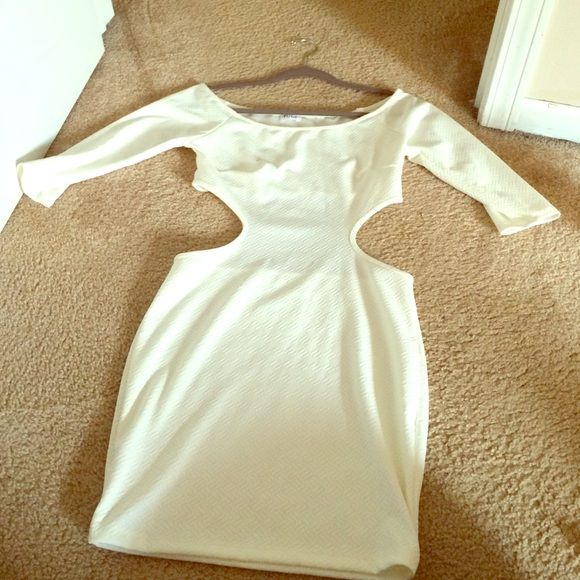Tobi half backless white dress never worn NEVER WORN! White dress size small with a cut-out in the back and on the sides. Can model if need be. Tobi Dresses Mini