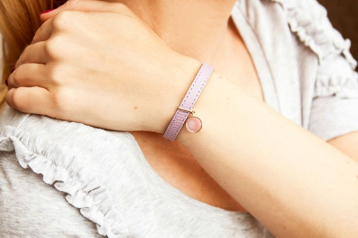 New jewel by Lilou! A Boheme crystal pendant to ornament your leather bracelet. 5 colors available! #lilou #bracelet #crystal #boheme #new #leather