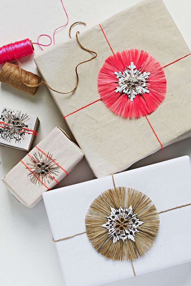 pretty gift wrapping with twine stars 1699