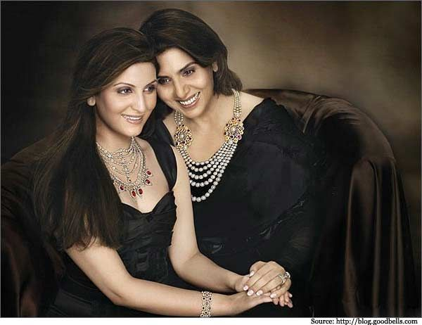 Neetu Singh with her daughter Ridhima Kapoor Sahani in Notandass #Jewellery commercial.  #neetukapoor #bollywood