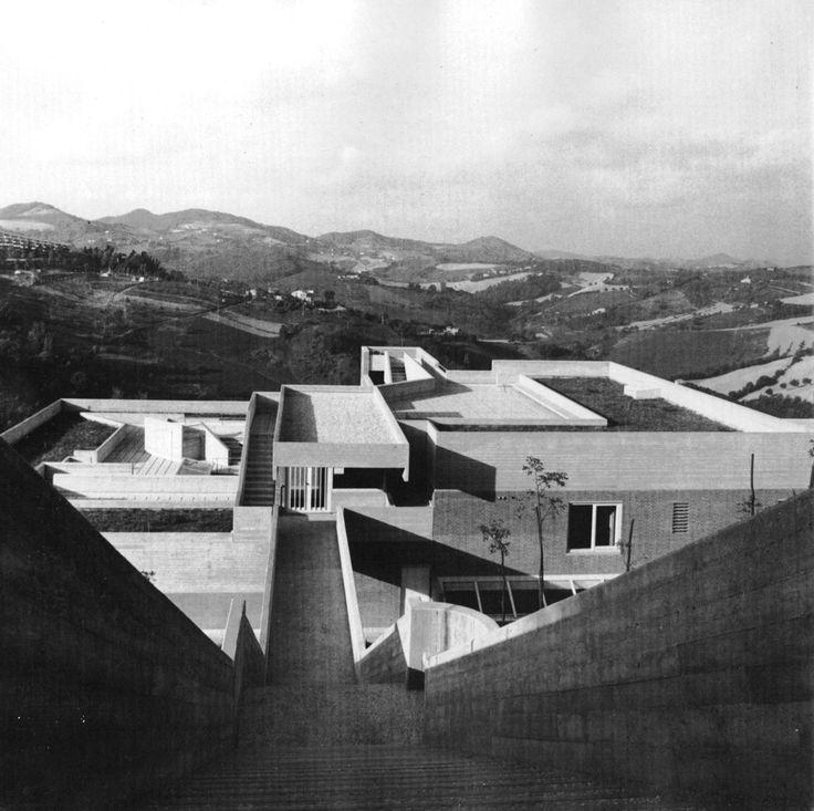 Collegio dell'Aquilone, Urbino, Italy (Giancarlo De Carlo, 1975-80)