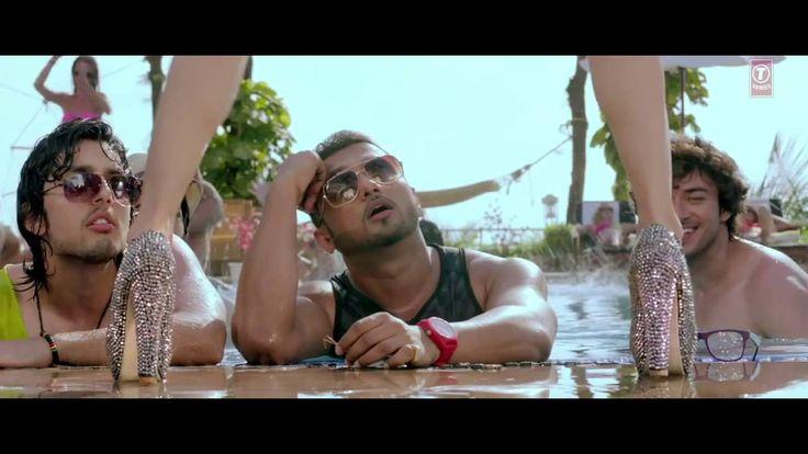 Yo Yo Honey Singh, Neha Kakkar | Yaariyan Songs | Sunny Sunny Lyrics  - http://www.yoyohs.com/yo-yo-honey-singh-neha-kakkar-yaariyan-songs-sunny-sunny-lyrics/Sunny Sunny Lyrics of Yaariyan Song by Honey Singh:An another party song by Yo Yo in Yaariyan, The song is sung by Honey Singh & Neha Kakkar while music & lyrics are also by Yo Yo Honey Singh.Song: Sunny Sunny Featured : Listen / Download all albums of Yo Yo Honey Singh Singers:Yo Yo H...